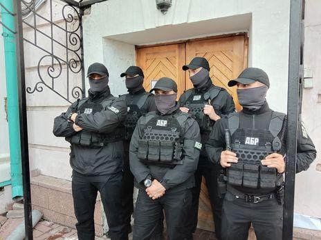 Адвокат Порошенко назвал незаконными все процессуальные действия в ходе обыска в музее Ивана Гончара