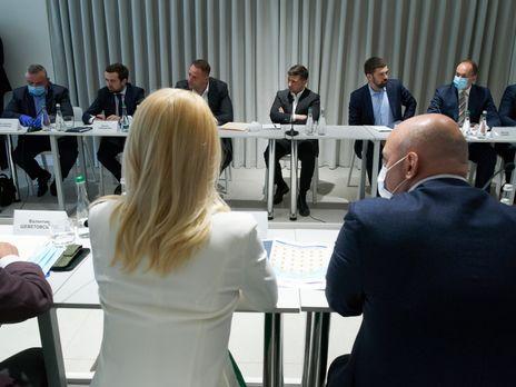 Зеленский принял участие в совещании с предпринимателями