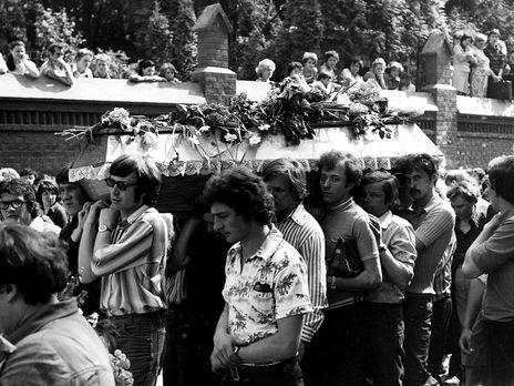 Похороны Ивасюка во Львове превратились в антисоветскую демонстрацию