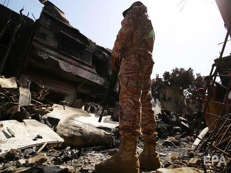Пандемия коронавируса могла стать первопричиной  катастрофы пассажирского самолета вПакистане