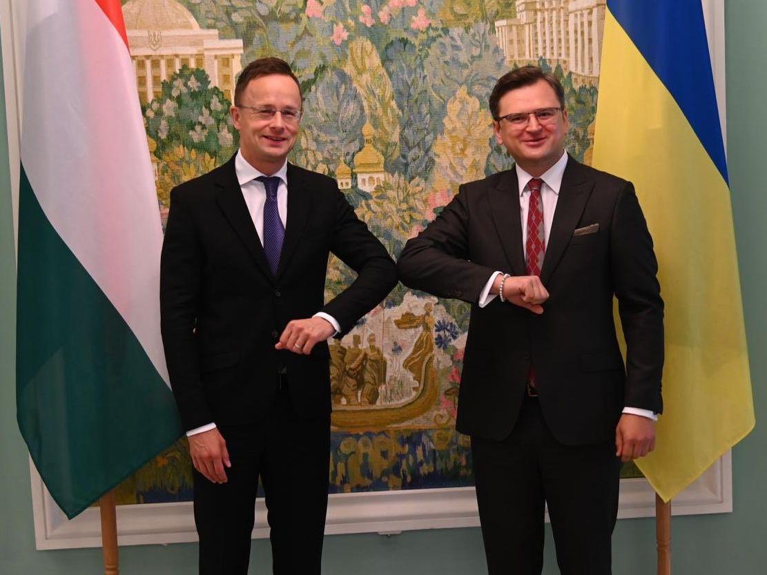 Венгры продолжают оказывать нажим на Киевские власти
