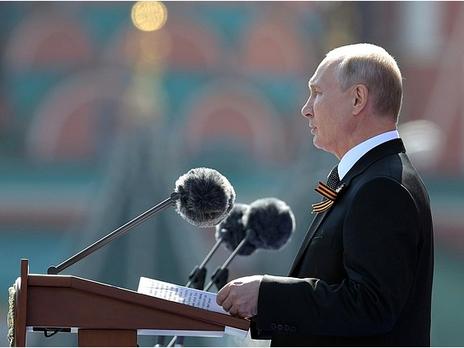 Сегодня Путин принял участие в открытии Ржевского мемориала советскому солдату