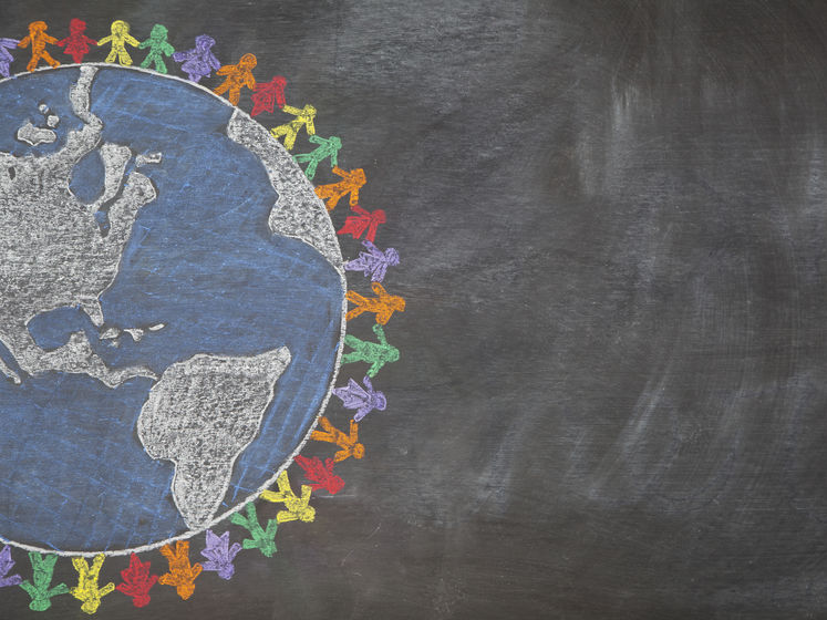 Світове населення наближається до 8 млрд людей