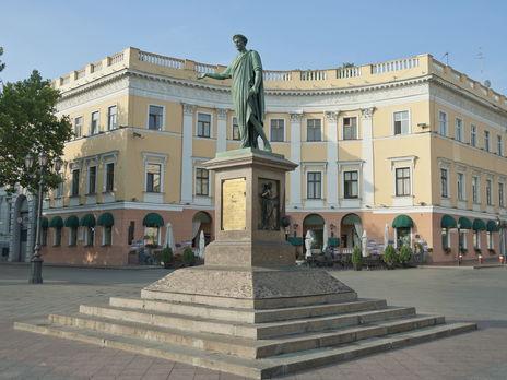 В Одесской области коронавирусом заразились 2208 человек
