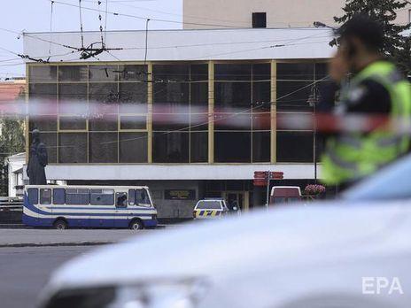 Заручників захопили в центрі Луцька