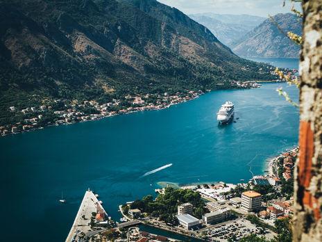 В Черногории объявили повторную волну COVID-19