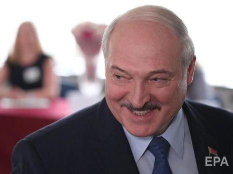 """Лукашенко: Тут дехто з наших шановних """"свядомых"""" розкручує: президент покинув країну і перебуває за кордоном"""