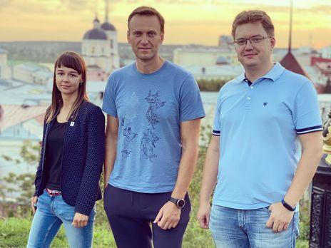 Навальный с командой летел из Томска