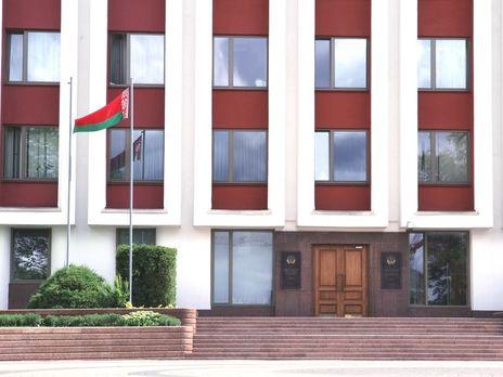 """В МИД Беларуси заявили, что у властей Украины """"есть много вопросов поважнее, нежели раздавать советы соседям"""""""