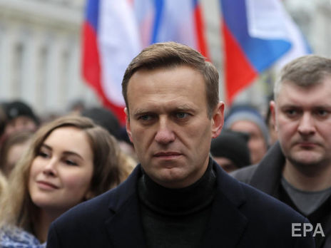 Навальний 18 днів перебував у комі