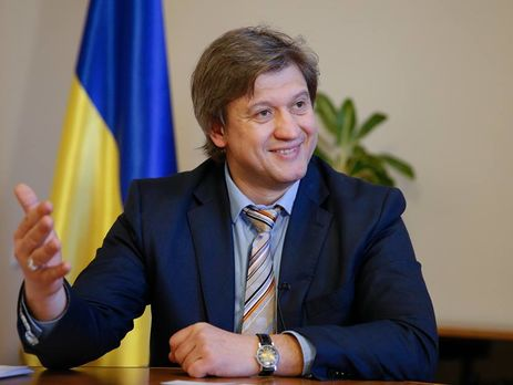 Насчет Украины поступил 1 млрд. долларов под гарантии США