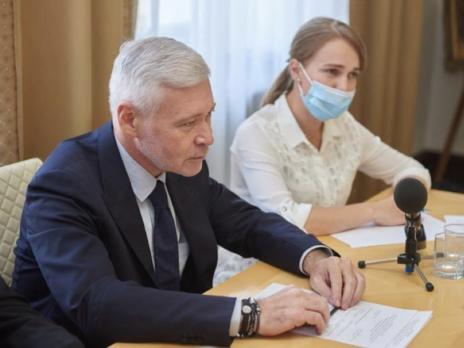Мэрия Харькова инициировала программу страхования от коронавируса для врачей и учителей – Терехов