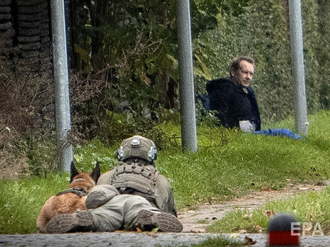 Во время побега Мадсена на прицеле держали снайперы