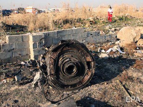 """Boeing 737-800 рейсу PS752 """"Міжнародних авіаліній України"""", який прямував із Тегерана до Києва, розбився 8 січня"""