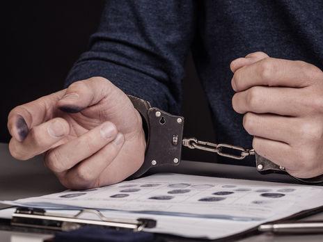 Полицейского отправили под домашний арест