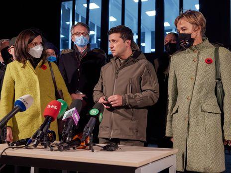 Зеленський зазначив, що вибори на Донбасі поки не є головним питанням