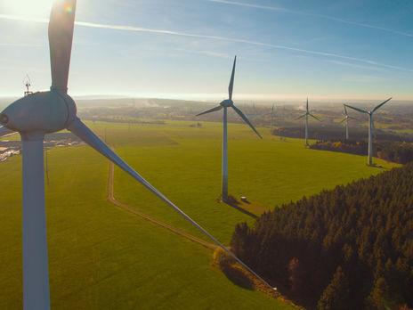 """Виробники """"зеленої"""" електроенергії домагаються від держави виплати заборгованості"""