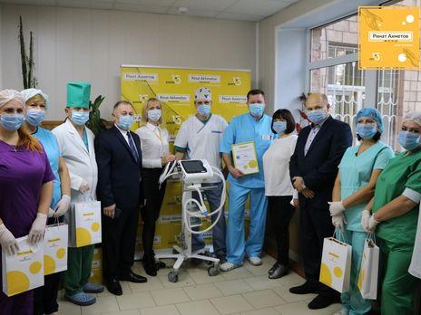 Апарати ШВЛ від Фонду Ріната Ахметова і бізнесів SCM отримають усі регіони України, окрім окупованого Криму