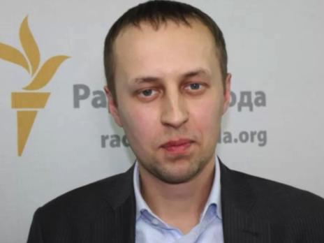 Однією з причин популярності контрабанди сигарет Забловський назвав суттєве зростання акцизів на сигарети в попередні роки