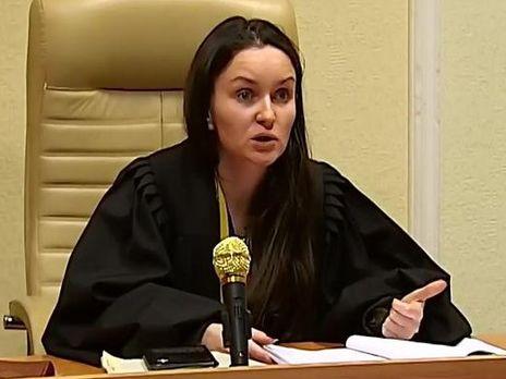Экс-судья Царевич обращается кПорошенко