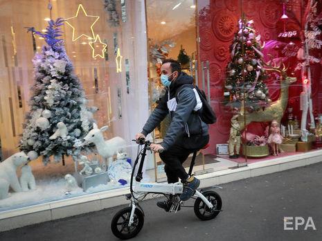 Європейців закликають дотримуватися карантинних вимог під час зимових свят