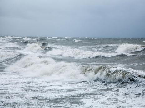 Крушение судна произошло, по данным СМИ, во время шторма
