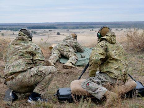 Эффективная дальность стрельбы обоих винтовок составляет до 2000 м