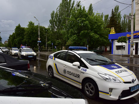 НаЛьвовщине милиция применила оружие, преследуя молодых людей наугнанном авто