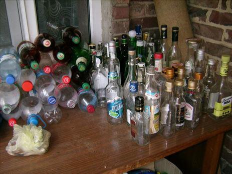 ВЗапорожской области 8 человек отравились суррогатным спиртом