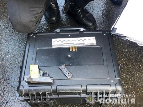 Поліція вилучила пістолет і боєприпаси в жителя Миколаївської області