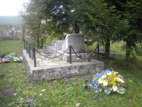 Это не первый акт вандализма в отношении украинских памятников