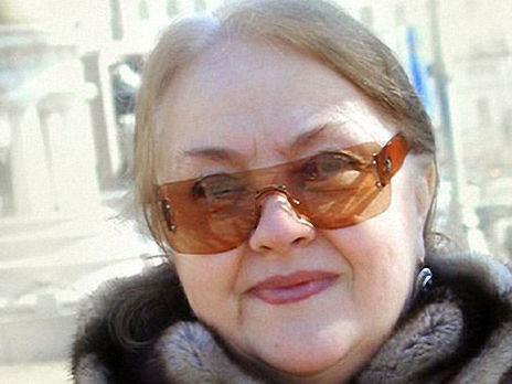 Градова родилась в 1946 году в Москве