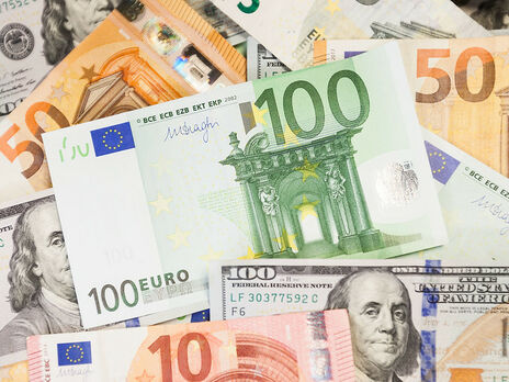 Курс гривны к евро снизился