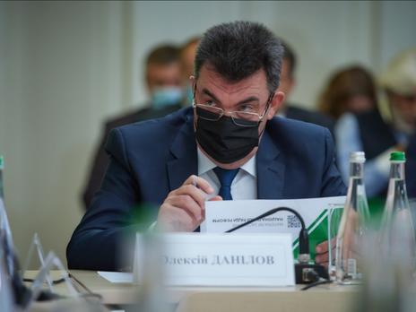 Данилов сказал, что судебные процессы по госизмене длятся до шести лет