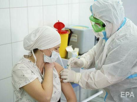Вакцинация от коронавируса в Украине началась 24 февраля