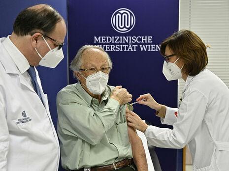 В Австрии от коронавируса вакцинировали более 1 млн человек