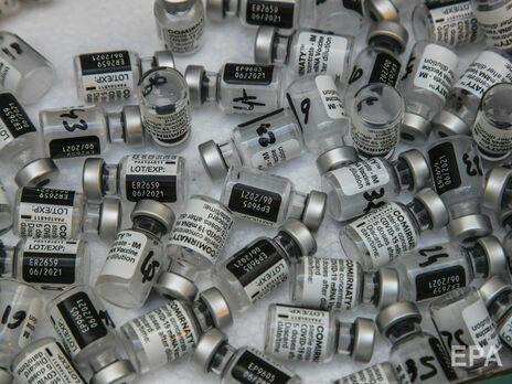 Лапий: Никому вакцину Pfizer/BioNTech от коронавируса по блату выдавать не будут. Это просто теории заговора