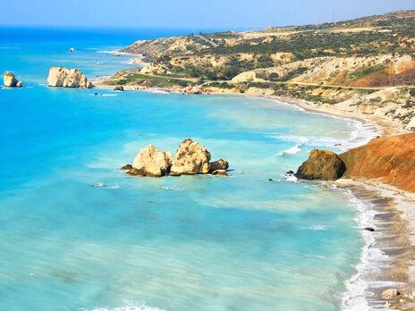 Кипр с 1 апреля разрешит украинцам въезжать на свою территорию