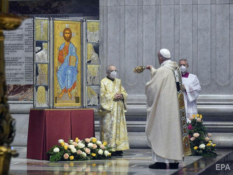 Папа римский по случаю католической Пасхи обратился к верующим. В обращении он упомянул Украину