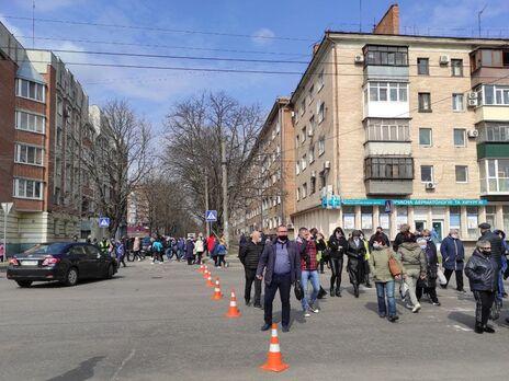 В Полтаве протестовали против жесткого карантина, предприниматели требуют открыть рынки