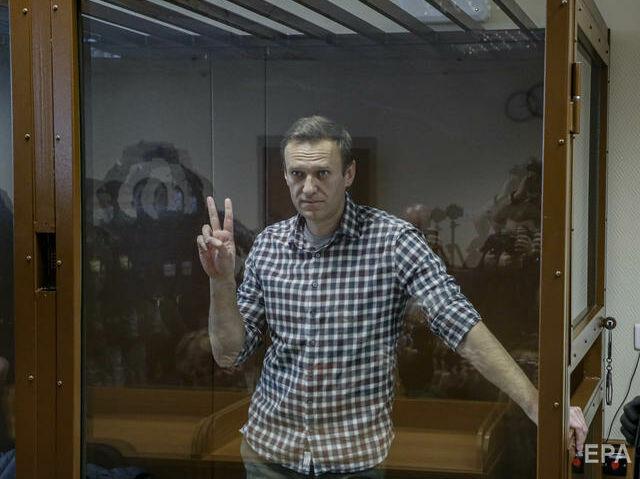 Адвокат Навального сообщила, что у него обнаружили две грыжи и утрачивается чувствительность рук