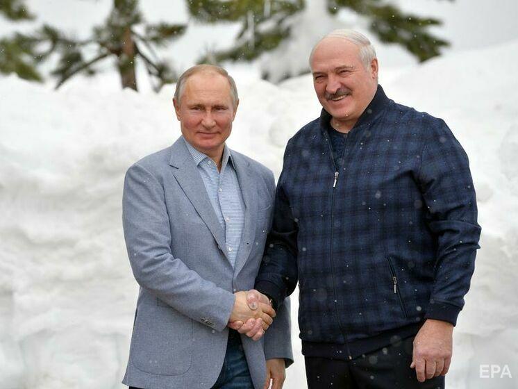"""Лукашенко в конце апреля приедет в Москву на """"серьезную встречу"""" с Путиным"""