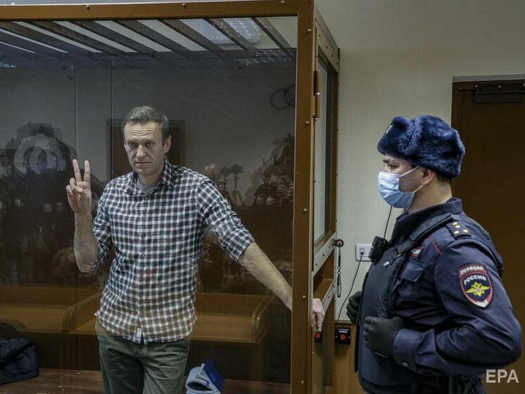 """""""Ми готові перейти до примусового годування вже зараз"""". Навальний розповів, як йому погрожують гамівною сорочкою"""