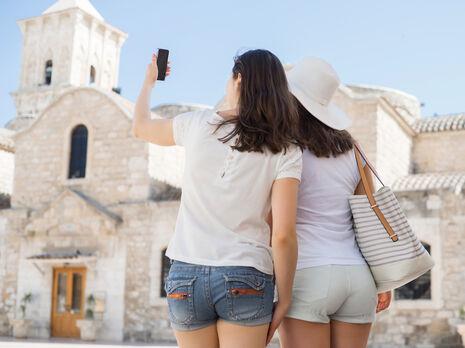 Кипр разрешит въезд туристам, которые завершили вакцинацию от COVID-19