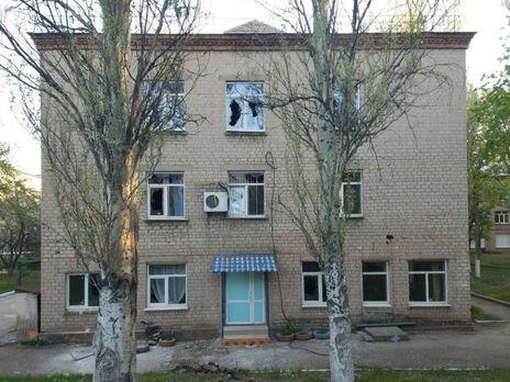 В результате обстрела больница осталась без электричества