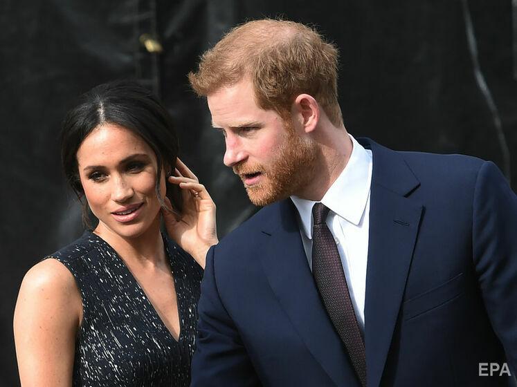 """""""Бедный ребенок"""", """"Подрасти и вернись в семью"""". В сети комментируют поздравление Букингемского дворца, адресованное сыну принца Гарри"""