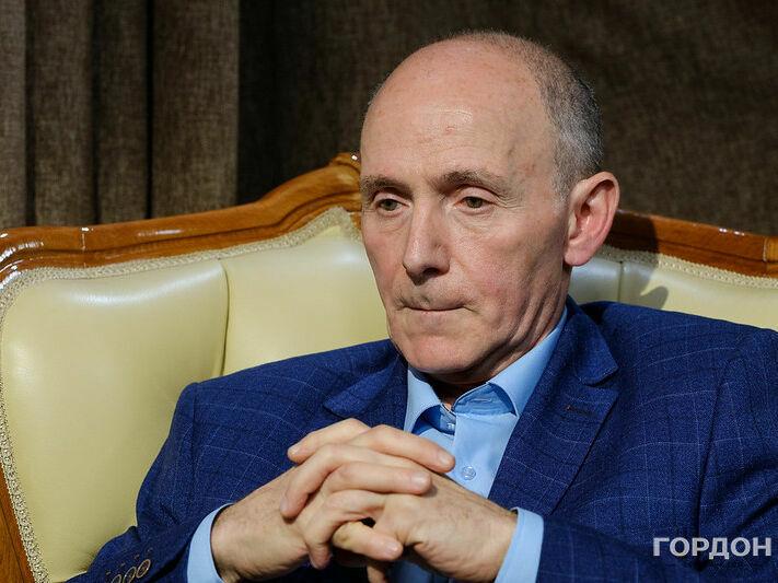 """Солонин: Если пять лет назад в РФ было """"победобесие"""", то сейчас это уже какой-то """"площадной балаган"""""""