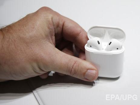 Apple отложила запуск наушников AirPods
