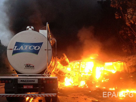 ВБразилии 20 человек погибли в итоге крупной автокатастрофы