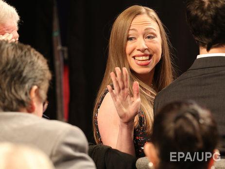 Дочери Клинтон предрекли карьеру в съезде США